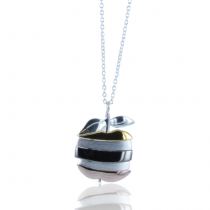 APPLE-NECKLACE-